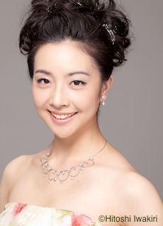Sara Kobayashi, Sop cHitoshi Iwakiri